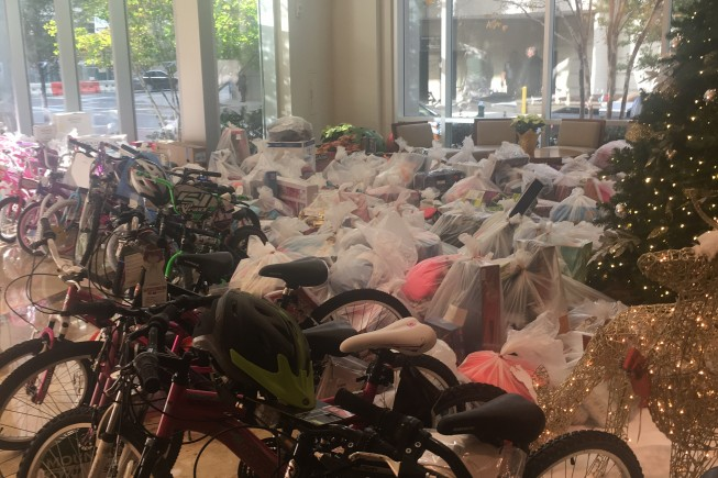 Pionear Fulfills Wishes to Charlotte Angel Tree Kids